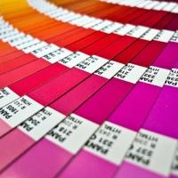 Κόκκινο για το πάθος και μπλε για γαλήνη: ένα χρώμα για κάθε διάθεση